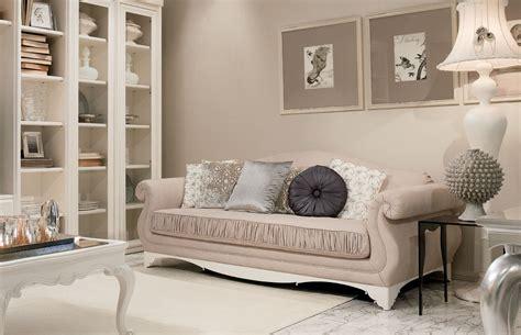 divani giusti portos divani classici imbottiti per arredamento classico zona