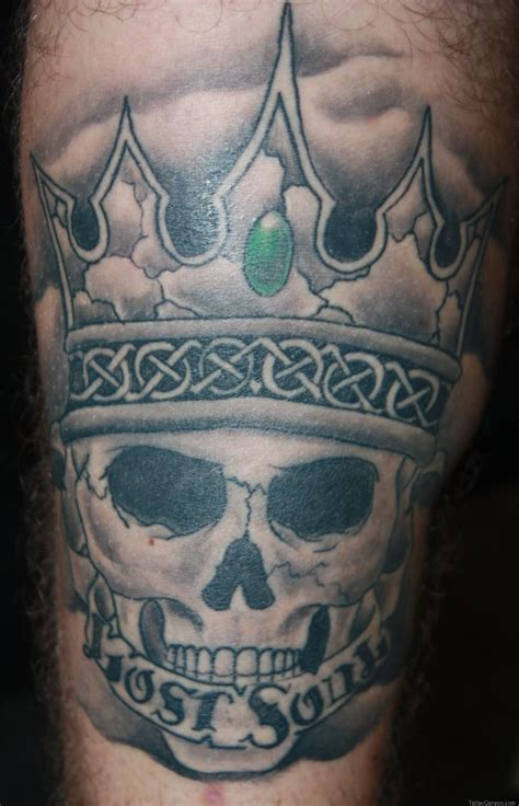 skull crown tattoo images designs