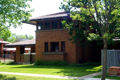Modern Frank Lloyd Wright Style Homes How Architects Reconfigure Historic Homes For Modern