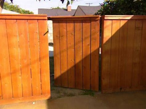 How to: Building a Wooden Gate   HGTV