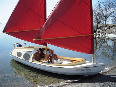 sailing boat wooden wooden sailboat schooner 18c sail boats pinterest