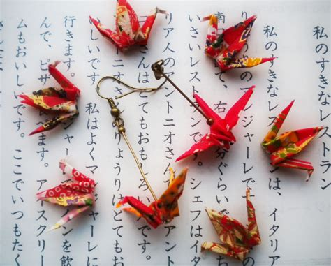 Origami Japan - origami paper crane earrings japanese themed jewelry