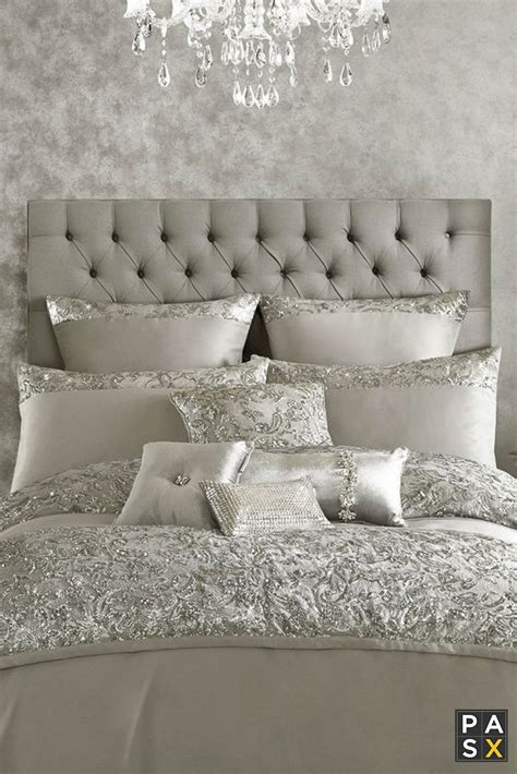 silver and white bedroom designs 25 best ideas about silver bedroom decor on