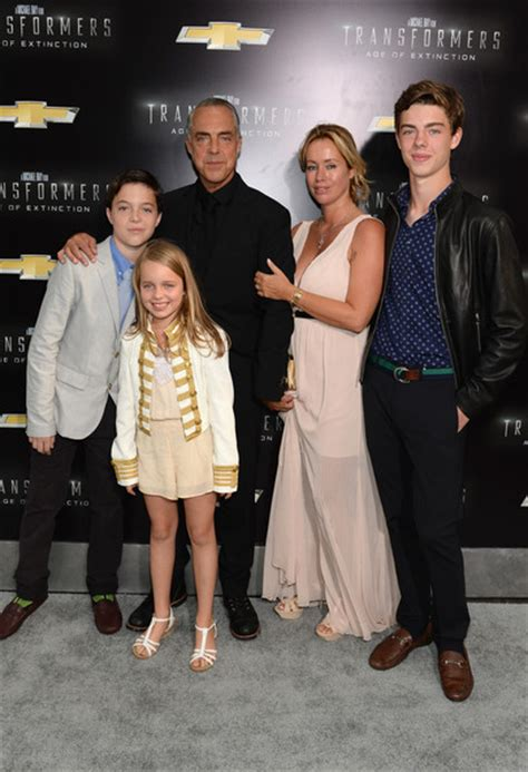 titus welliver wife age titus welliver and quinn welliver photos photos zimbio