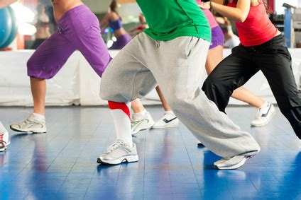 tutorial zumba fitness en español le renforcement musculaire apr 232 s une intervention contre l