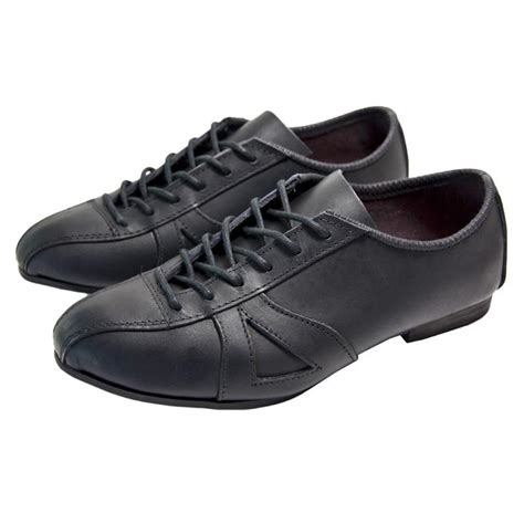 leather bike shoes classic black leather cycling shoe velo heaven
