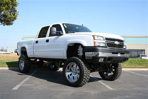 lifted cars cool pics of trucks trucks http www articles