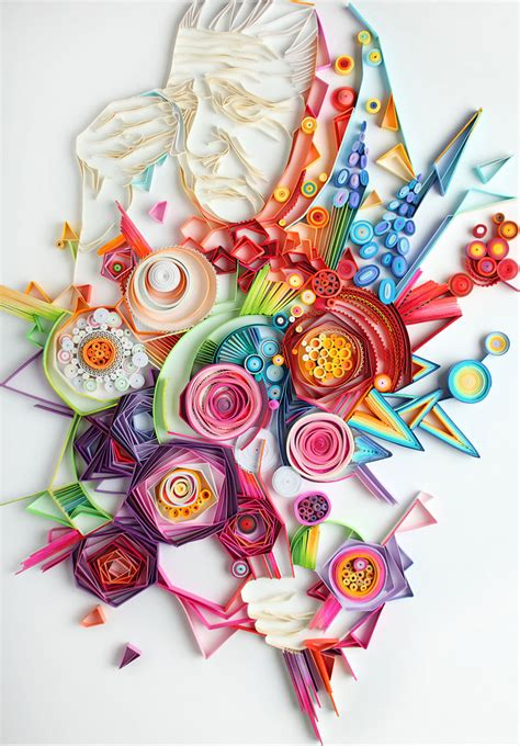 Color Paper Craft - mesmerizing paper made from strips of colored paper by