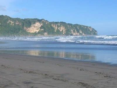 gambar pantai parangtritis jogja selatan sejarah