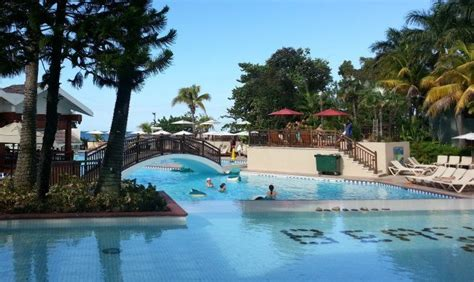 finding the best caribbean island for families family