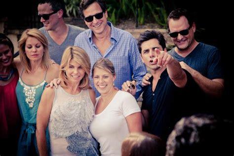 house reunion tahj mowry and olsen twins www pixshark com images