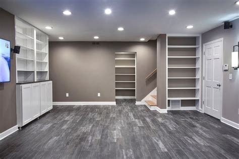 Love this room. What is the paint color?