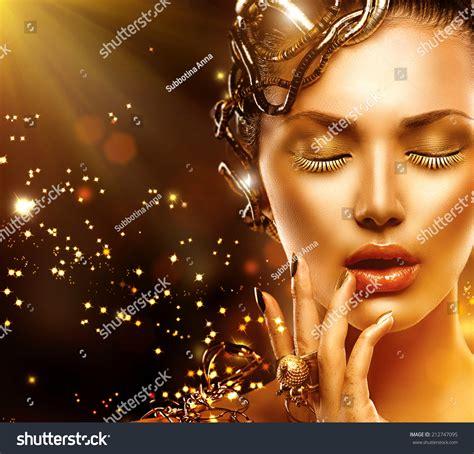 Ekslusive Mascara Mistine Model Miracle Lash Mascara Promo royalty free beautiful magic portrait golden 212747095 stock photo avopix