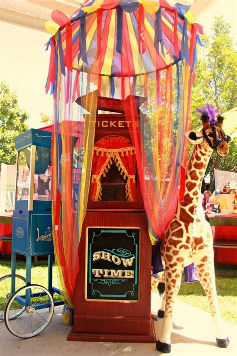 Circus Tent Decorations by Kara S Ideas Circus Carnival Extravaganza Birthday