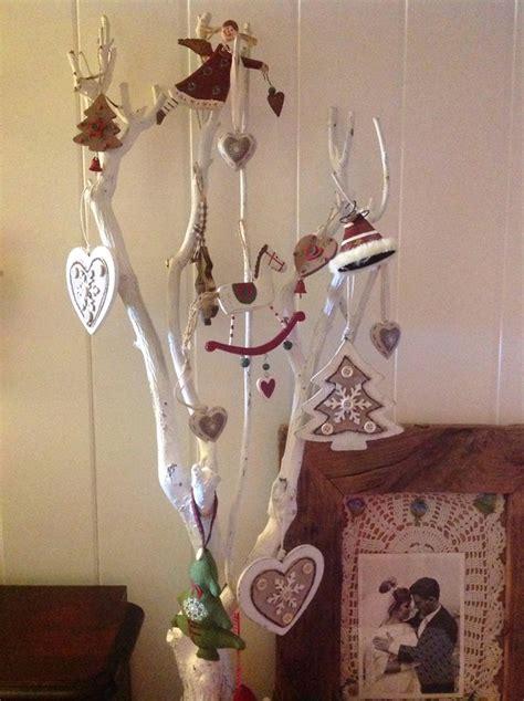 Decorare Un Ramo Secco Per Natale by Foto Di Ramo Shabby Arredamento Provenzale