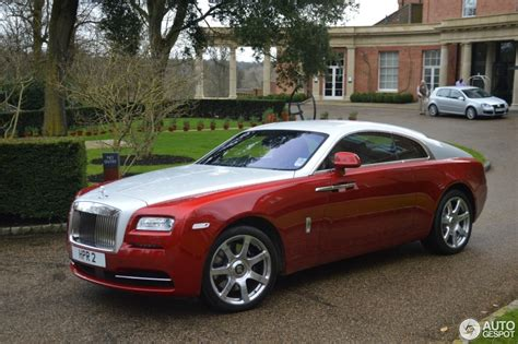 roll royce red rolls royce wraith 21 march 2014 autogespot