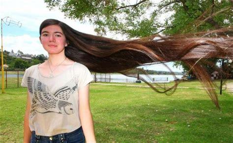 la chica del pelo 1537468642 la chica con el pelo m 225 s largo del mundo el diario vasco
