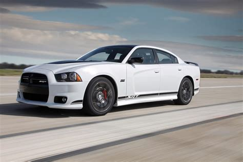 chargers cars 2013 2013 dodge charger specs pictures trims colors cars