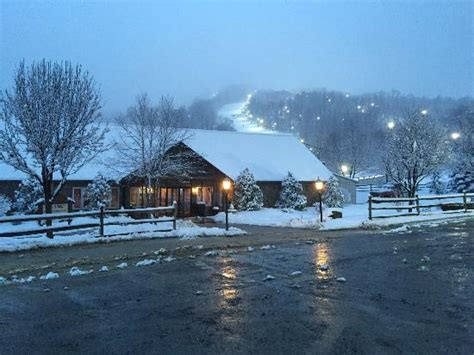 Mountain Top Bar Pa by Vista Desde El Bar Picture Of Roundtop Mountain Resort
