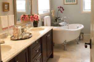 Ideas To Decorate A Small Bathroom Small Bathroom Decorating Ideas Interior Design Ideas