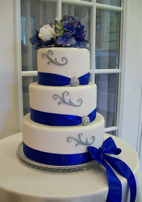 Wedding Cakes And Decorations by Royal Blue Wedding Cake Decorations Idea In 2017