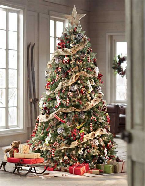 how to decorate a christmas tree 15 inspiration ideas