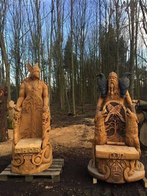 thefabulousweirdtrotters chainsaw carved thor  odin