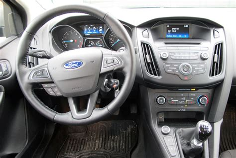 2015 Focus Interior by 2015 Ford Focus Se 1 0 Litre Ecoboost Review Wheels Ca