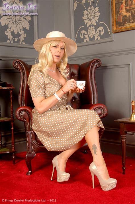 Set Joana l heure du th 233 things to wear joanna jet jets and femininity