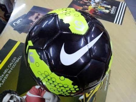 Bola Futsal Murah Berkualitas jual kaos bola jersey bola futsal original asli nike rolinho menor murah