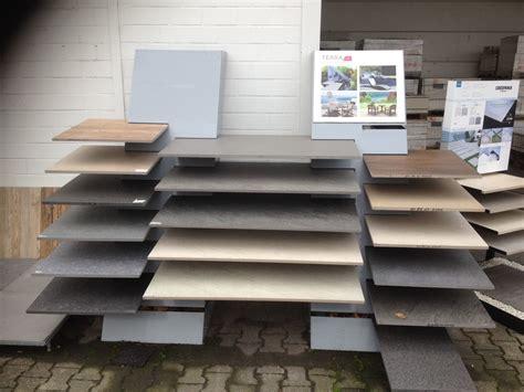 Terrassenplatten Naturstein Oder Beton 882 by Johner Hoch Beton Und Terrassenplatten