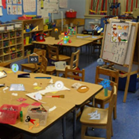 messy bedroom game free 2 play online at pacogames net play messy kindergarten objects