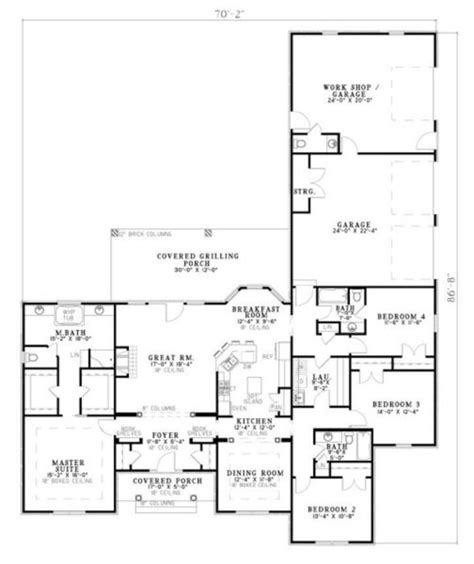 Traditional Plan 3 065 Square 4 Bedrooms 3 Traditional Style House Plan 4 Beds 3 Baths 2424 Sq Ft