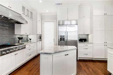 triangular kitchen island 50 gorgeous kitchen island design ideas homeluf com