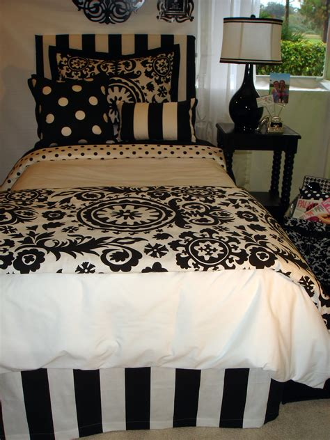 white dorm bedding black and white dorm room bedding set and dorm decor