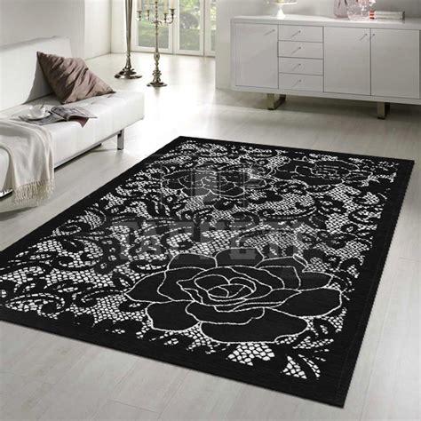 tappeti bianchi e neri rami ispirazioni ladari