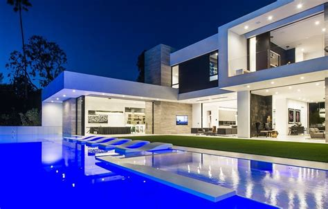 100 contemporary houses bibliotheca listing of the day 9945 beverly grove drive beverly hills 23 million