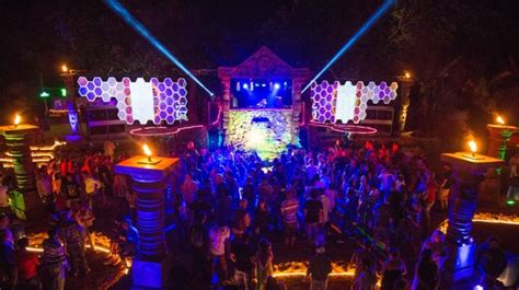 themed party nights for pubs nightlife in goa 5 clubs you have to visit in indias