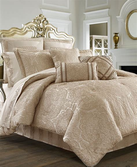 oversized comforter sets 1000 ideas about oversized king comforter on pinterest