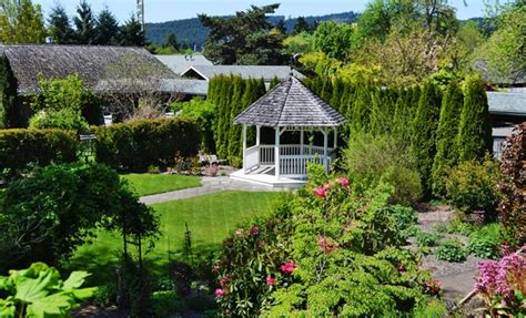 Cottage Grove Resort green resort groupon
