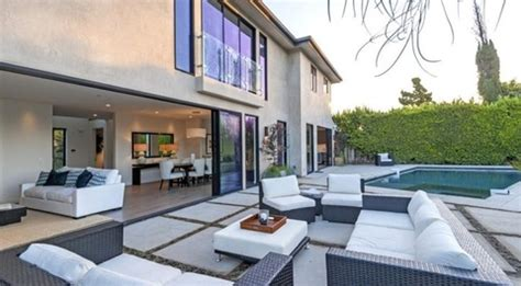 russell westbrook house russell westbrook s new home photo 3 tmz com