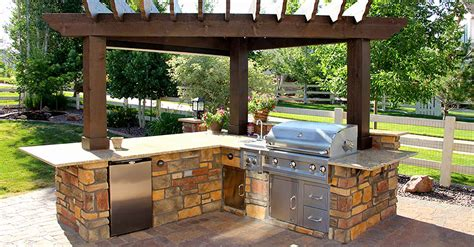 best backyards outdoor kitchen patio ideas beautiful backyards designs