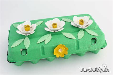 Manualidades Hacer Manualidades Con Cart N De Huevos | 5 manualidades para ni 241 os con envases de huevo pequeocio