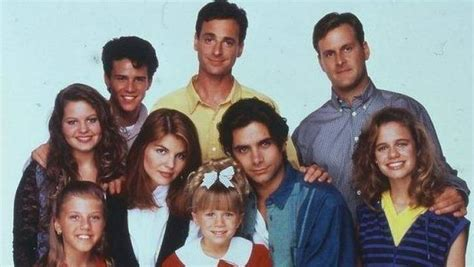 full house set to return for new series in 2014 fuller house stars tease fans with behind the scenes set