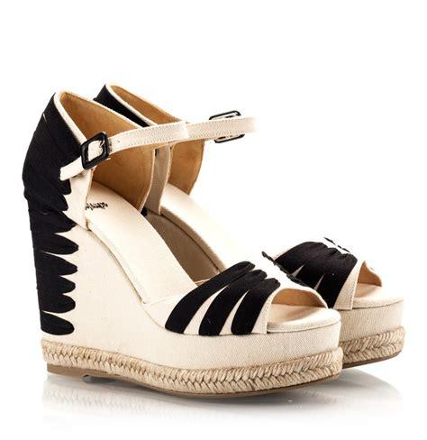 Octav Toe Ribbon Flats Vinfl 4 Black castaner paty canvas and black ribbon espadrille wedge sandals fratelli karida shoes