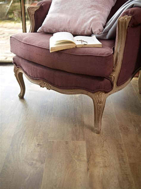 Country Oak 24842   Wood Effect Luxury Vinyl Flooring