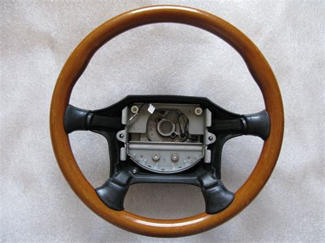 genuine volvo  wood steering wheel volvo forums