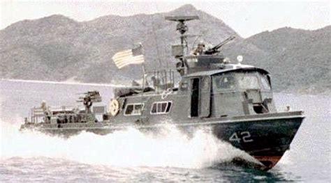 swift boat pics vietnam navy boats 135 us navy vietnam pibber crew 4