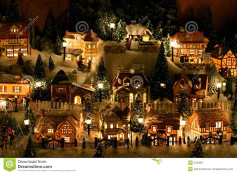 miniature christmas village 342384 jpg 1300 215 957