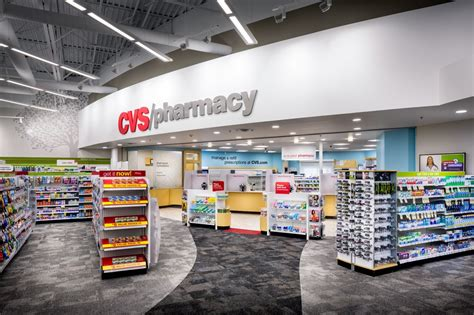cvs pharmacy hours opening closing in 2017